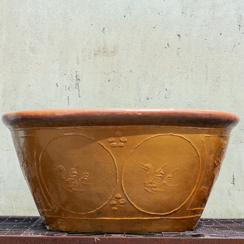 Stoneware water garden container 104 cm (03)